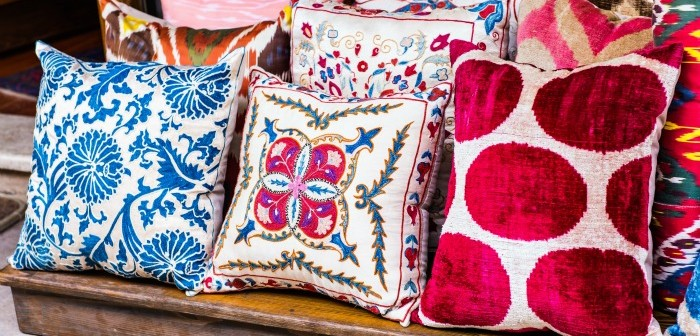 How To Bring Style To Your Sofa With Unique Cushions